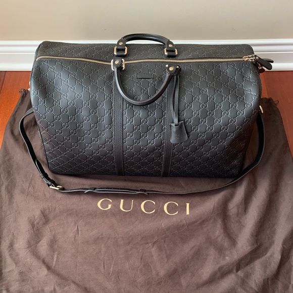 c7df7342659 Gucci Other - Authentic Gucci Signature Leather Duffle Bag
